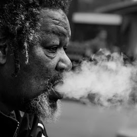 Smokin' Brother - Boston Common, 4th July 2015http://www.atillaozkefeli.com/2015/07/05/smokin-brother…-4th-july-2015/ by TC Atll Zkfl - People Street & Candids