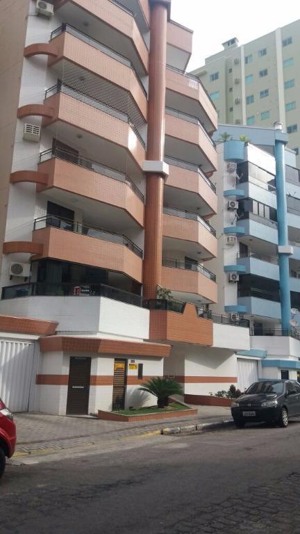 Apartamento temporada 03 dormitórios