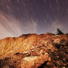 Symphony of the night by Nuzul Taufiq - Landscapes Starscapes