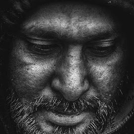 Unknown by Rolly Batacan - Black & White Portraits & People ( black and white, mysterious, dramatic, beard, portraits )