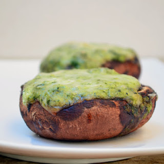 Creamed Spinach-Stuffed Portabella Mushrooms