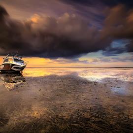 the jaws by I Made  Sukarnawan - Transportation Boats ( clouds, sunset, ship, boats, sunrise, landscape )