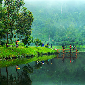 Cisanti lake by Ridwan Adhitama - Landscapes Mountains & Hills ( water, cisanti, lake, landscape )