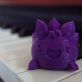 Spiky by Bryce Wilson - Artistic Objects Toys ( piano, purple, 3d printed, spiky, close up )