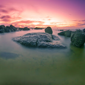 Wat-wet by Eddie Cheever - Landscapes Waterscapes ( belitung )
