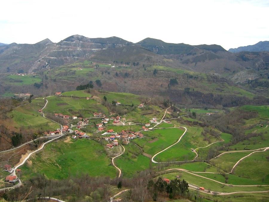 Web of Roads by DJ Cockburn - City,  Street & Park  Vistas ( village, picos de europa, asturias, nieda, spain, roads, rural )
