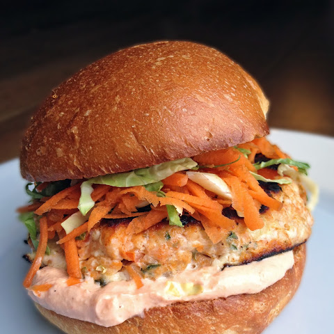Thai Salmon Burgers with Slaw + Sriracha Mayo
