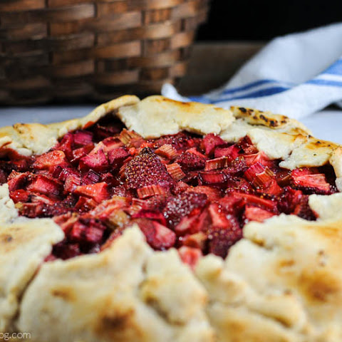 Strawberry Rhubarb Rustic Tart