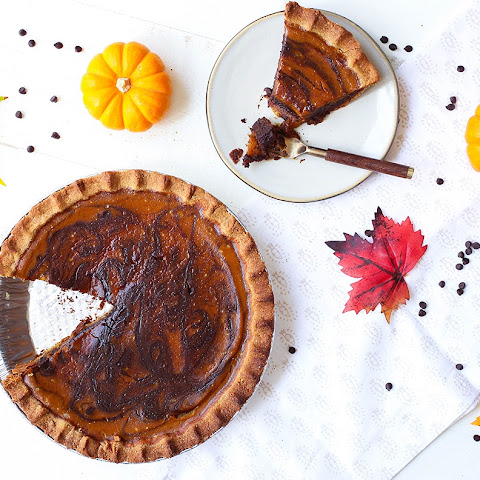 Paleo Marbled Chocolate Pumpkin Pie
