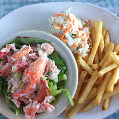 lobster roll (they bring out warm rolls!) with fries and coleslaw