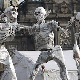 DIA DE MUERTOS HOMENAJE A POSADA by Jose Mata - Public Holidays Halloween