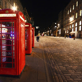 Royal Mile, Edinburgh by Craig Fraser - City,  Street & Park  Street Scenes ( scotland, royal mile, edinburgh, telephone box )
