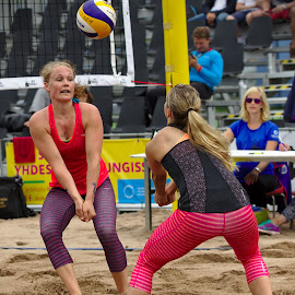 Beach volley by Simo Järvinen - Sports & Fitness Other Sports ( playing, female, outdoor, beach volley, action, sports, summer, women )