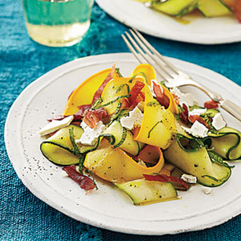 Shaved Summer Squash with Mint, Prosciutto, and Feta Recept | Yummly
