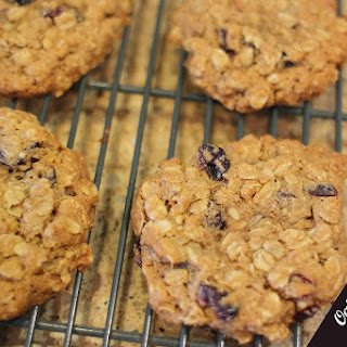 Oatmeal Craisin Cinnamon Toast Crunch Breakfast Cookies