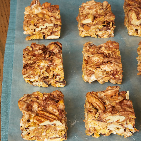 Sweet and Nutty Corn Flake Bars