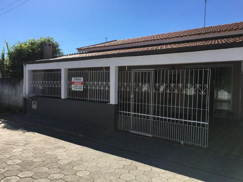 Casa com 4 dormitórios à venda, 130 m² por R$ 400.000,00 - Centro - Tijucas/SC
