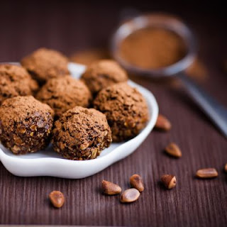 No-Bake Kahlua Chocolate Balls