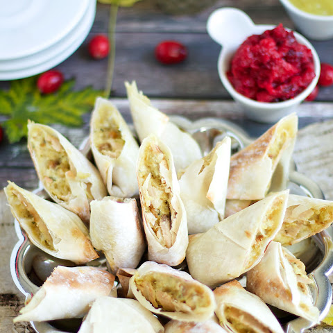 Thanksgiving Egg Rolls with Cranberry Chutney