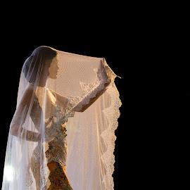 Women in kebaya by Esa Windu - People Fashion ( fashion, beautiful, kebaya, beauty, fashion photography, women )