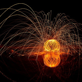 Sirkel by Verinda Bosch - Abstract Light Painting ( stealwool )