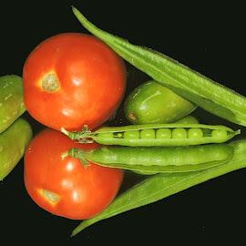 RED N GREEN by SANGEETA MENA  - Food & Drink Fruits & Vegetables