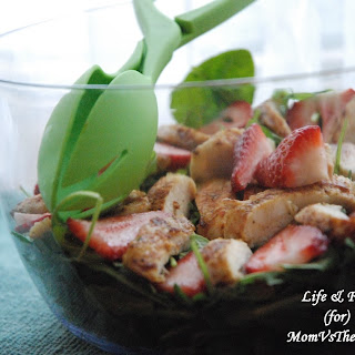 Chicken & Strawberry Spring Mix Salad