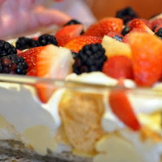 Easy Fresh Berry Trifle