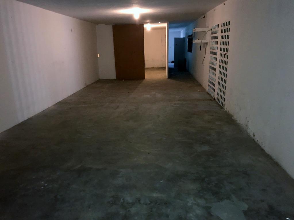 Casa/Galpão comercial para locação próximo à faculdade IESP