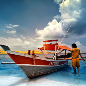Ready to serve you by Hirza Kini - Transportation Boats ( blue, infrared, d90, holidays, transportation, beach, boat, nikon )