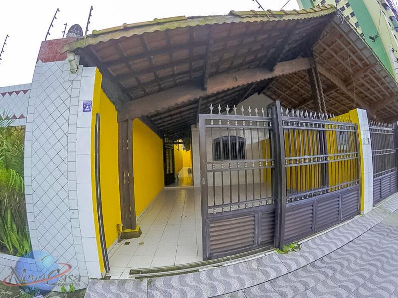 Casa com 3 dormitórios para alugar, 95 m² por R$ 1.800,00/mês - Vila Guilhermina - Praia Grande/SP