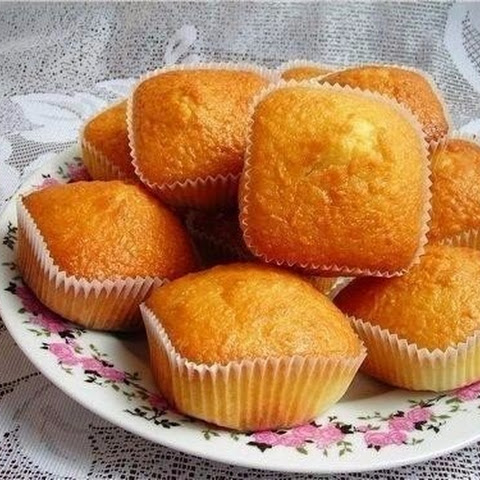 Simple And Delicious Cupcakes With Condensed Milk