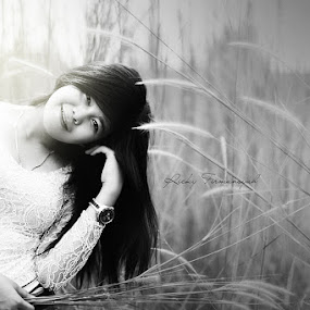 your beautiful smile by Ricky Firmansyah - People Portraits of Women