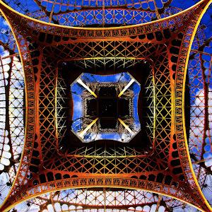 Eiffel-in-Frame-ok.jpg