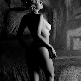 Helena by DJ Cockburn - Nudes & Boudoir Artistic Nude ( studio, woman, art nude, shadow, helena kuntz, portrait, grayscale, von kuntz, standing, monochrome, model, low key, black and white )
