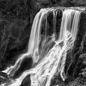 by Oddsteinn Björnsson - Black & White Landscapes