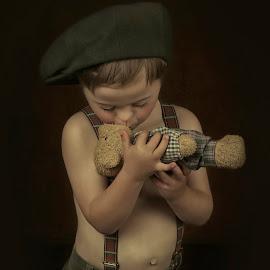 sweet teddy bear by Carola Kayen-mouthaan - Babies & Children Child Portraits ( child, teddy bear, fine art, boy, portrait )