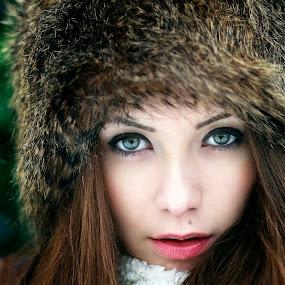 EYES OF WINTER by Daniel Kitu - People Portraits of Women ( face, green, feminine, beauty, eyes )