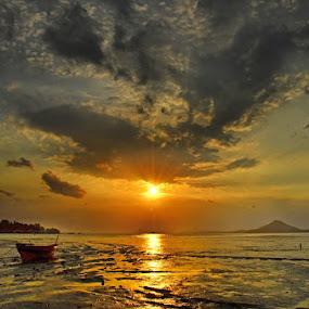 by Hudrie MhdHz - Landscapes Sunsets & Sunrises