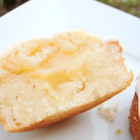 Coconut Cupcakes With Pineapple Filling And Condensed Milk Glaze (whew ...