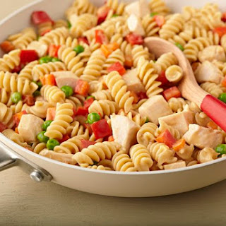 Creamy Pasta with Chicken and Vegetables
