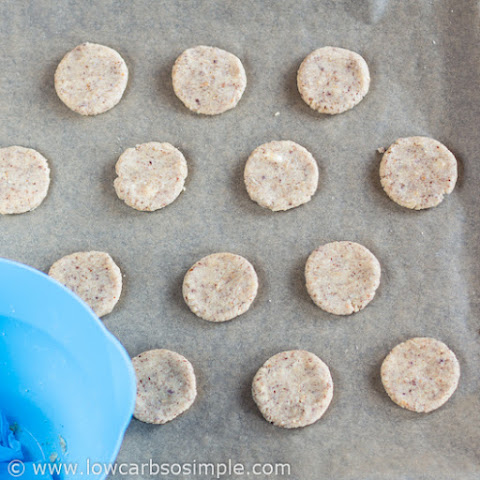Low-Carb Hazelnut Butter Cookies (Egg-Free)
