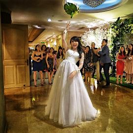 by Tran Ngoc Phuc Ngoctiendesign - Wedding Bride