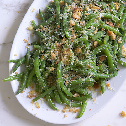 Green Beans with Meyer Lemon Vinaigrette & Parmesan Breadcrumbs