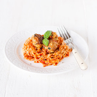 "Pasta with Mediterranean ""meatless"" balls – Vegan and Gluten Free"