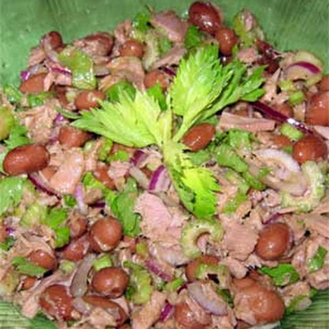 Salad with Tuna, Beans and Celery