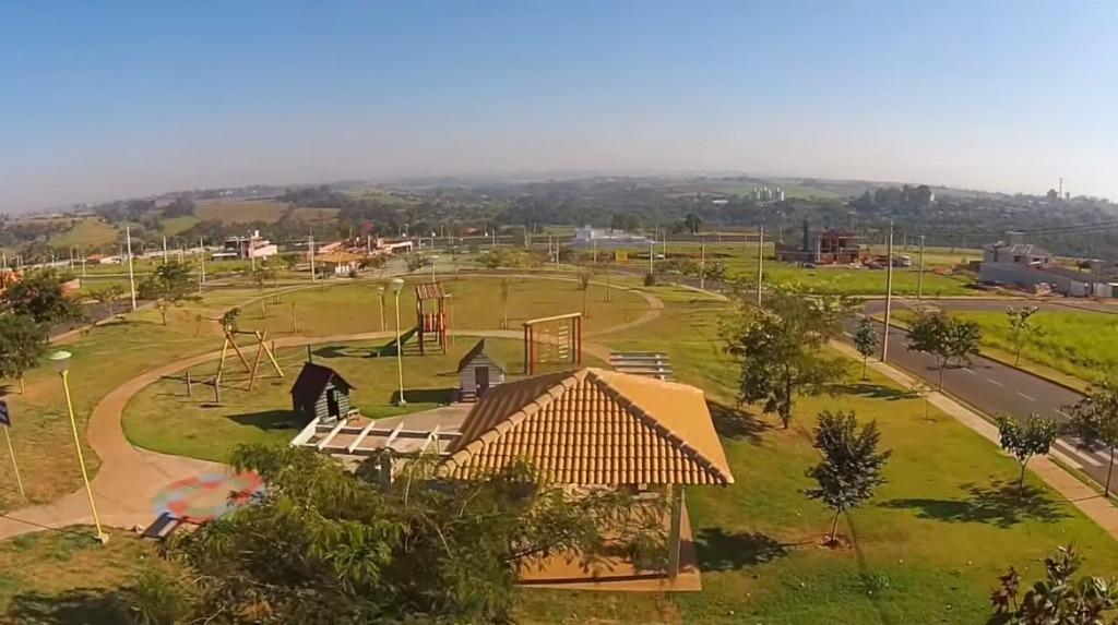 Terreno à venda em Gleba Califórnia, Piracicaba - SP