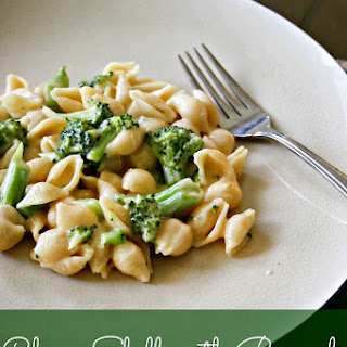 Cheesy Shells with Broccoli