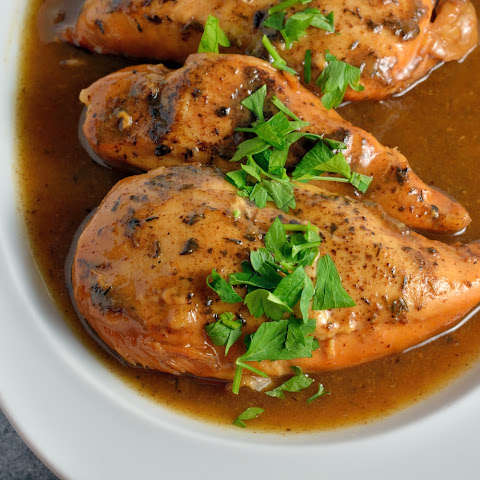 Slow Cooker Apple Balsamic Chicken