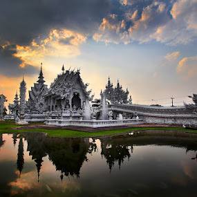 Wat Rhong Khun by Jeerasak Chaisongmuang - Buildings & Architecture Other Exteriors